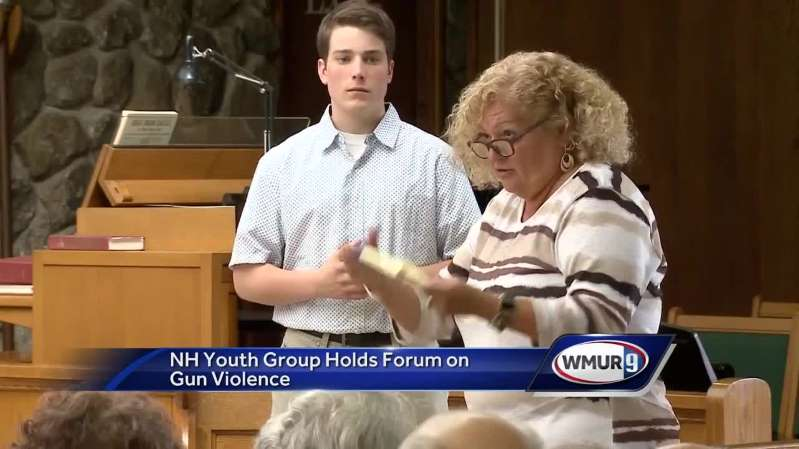 Youth group holds forum on gun violence in New London