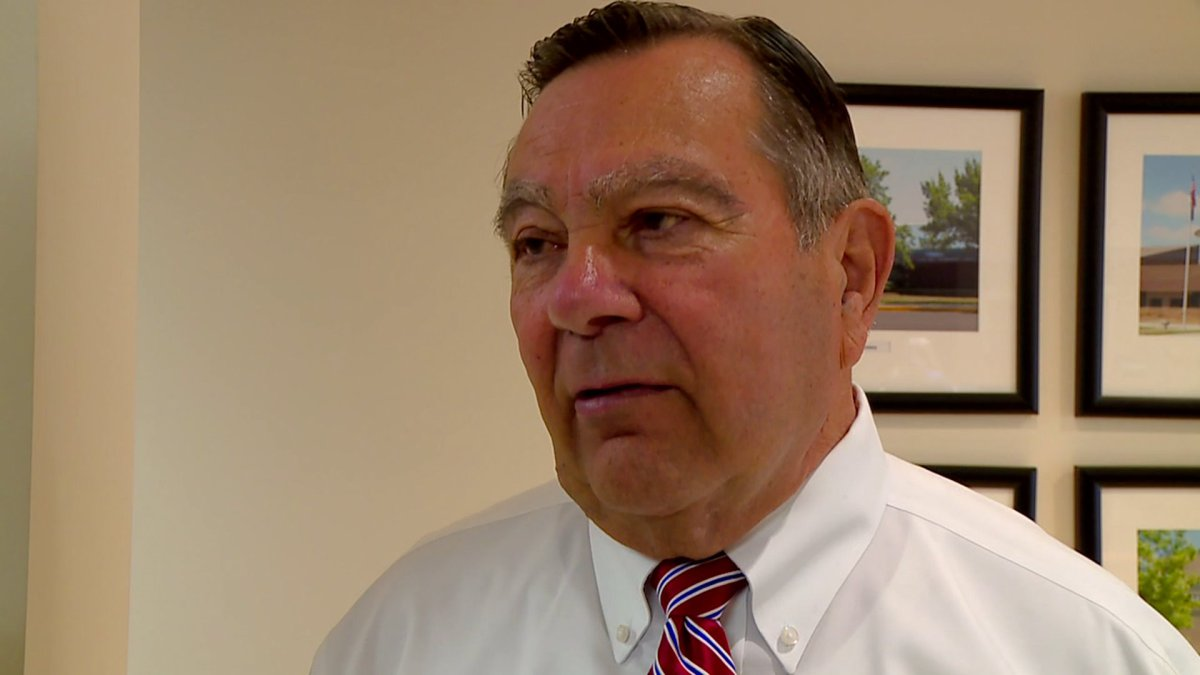 Mayor says he was asked to leave gun store after Noblesville school shooting