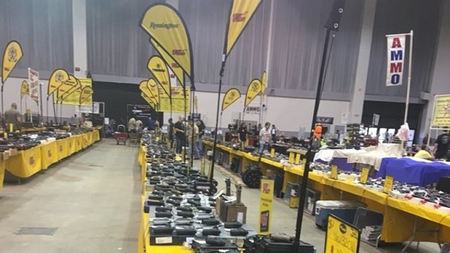Thousands expected to attend gun show in Tampa