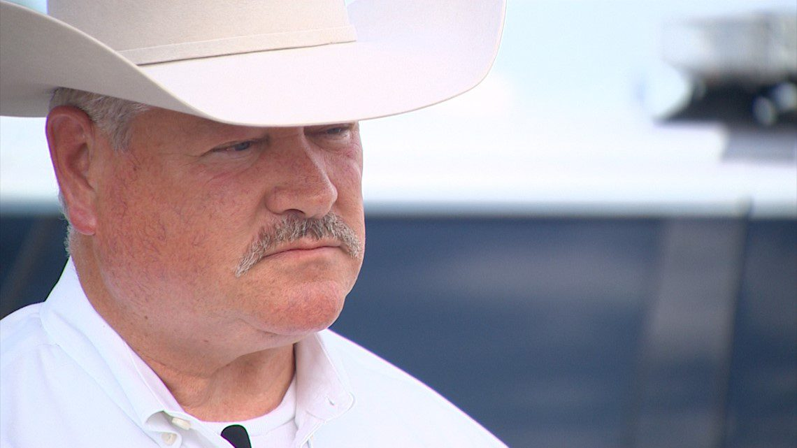 'We're not going to be messing with the Second Amendment in Hood County,' sheriff says