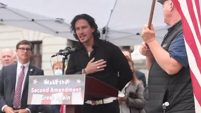 National Anthem sung by Dave Bray USA during 2nd amendment gun rally at Pa.state capital