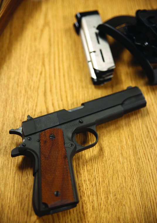 Attorney argues Hawaii law is a ban on carrying guns